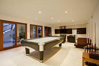 trained pool table movers in phoenix