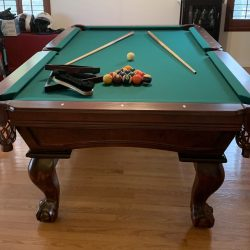 Connelly 8 ft Arched Sedona pool table, Excellent condition - like new SOLD